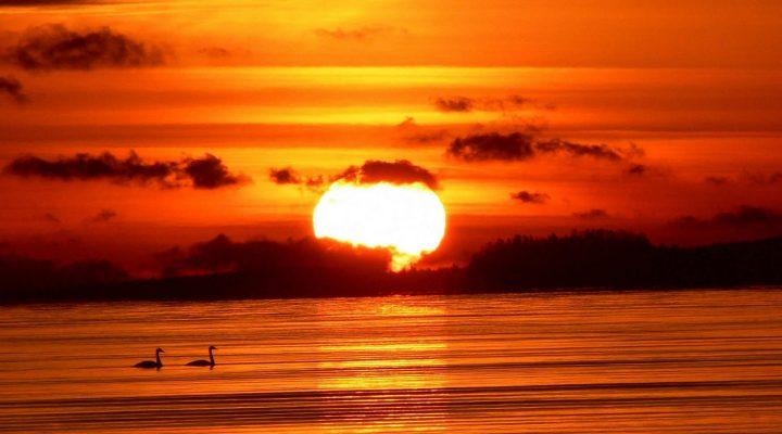 گالری عکس غروب خورشید بر روی دریا